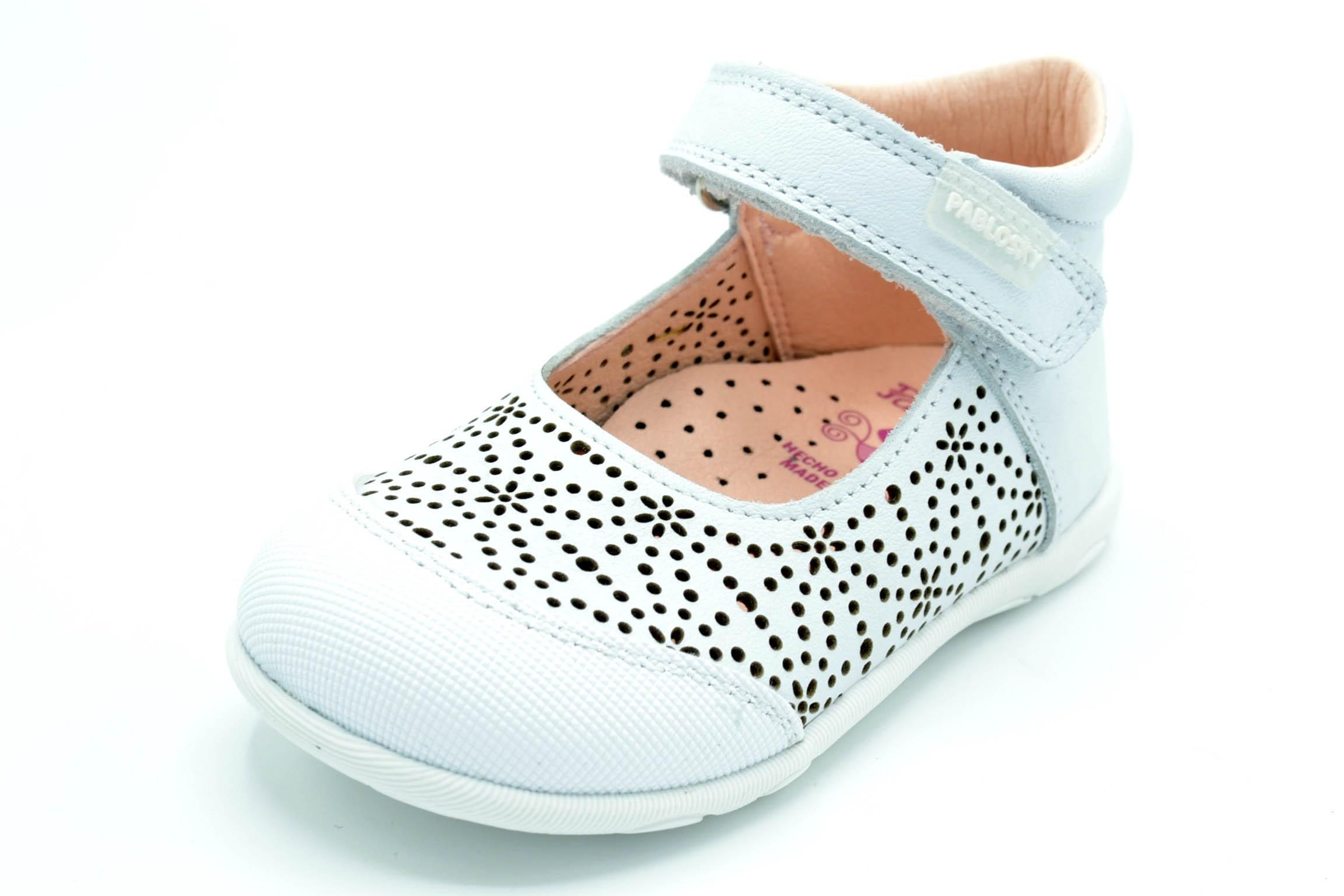 52fa82315 Pablosky 047305 - Zapato de verano primeros pasos