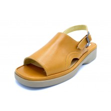 Fluchos 3489 Camel | Sandalia de piel para mujer